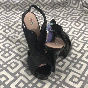 Olsenboye stiletto heels, size 7 black glitter LNC